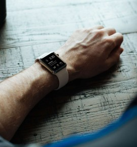 Apple Watch – a fashion accessory or a high-tech innovation?